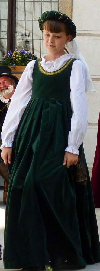 Dobové kostýmy děti - Dívčí - Historické kostýmy 1d9465a47c7